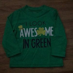 I look awesome in green long sleeve t-shirt